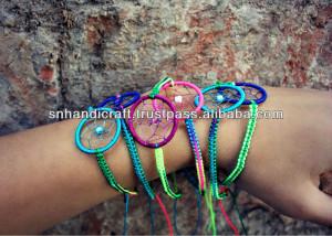 Arco-íris neon dream catcher macrame pulseira