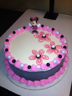 DQ cakes...Dairy Queen Cakes. Minnie Mouse