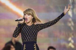 Image: Singer Taylor Swift performs on ABC's