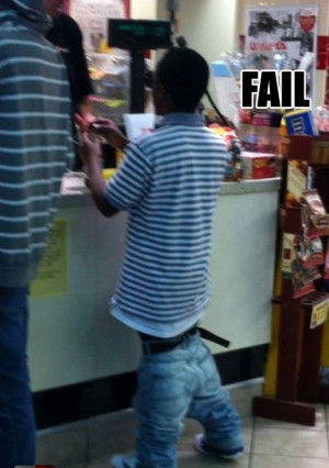 FUNNY AMERICAN BLACKMEN SAGGY PANTS FAIL - FUNNY PICTURES