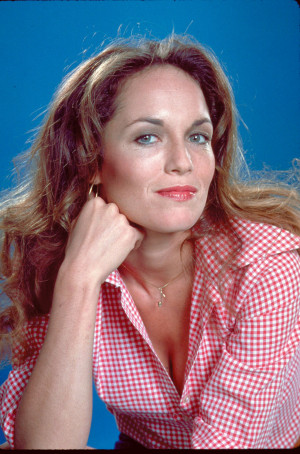 Imagini Vedete Catherine Bach Catherine Bach View full size