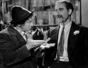 ... Sanity Clause! Fiorello/Chico Marx in A Night at the Opera (1945) [FS