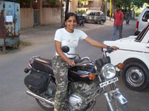 ... Girls Captured Driving Bikes( Pulsar,CBZ, Bullet, Passion,Yamaha Etc