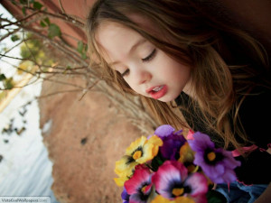 cute-baby-girl-wallpapers-facebook-cute-baby-girl-images-with-quotes ...