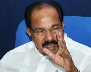 Oil Minister M. Veerappa Moily addresses the media in New Delhi on ...