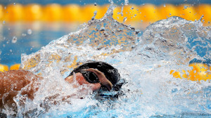 way to winning the Gold Medal by the USA swimmer HD Wallpaper