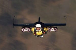 """Jetman """"Yves Rossy"""" Breathtaking Fly Over The Swiss Alps"""