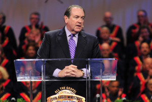 Gov. Mike Huckabee speaking at JHM's 32nd annual Night to Honor ...