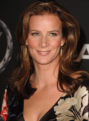 Rachel Griffiths Picture Slideshow
