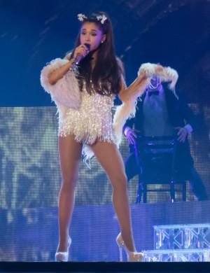 Ariana Grande Honeymoon Tour 2015