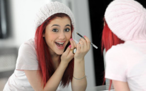 Lovely Singer Ariana Grande Wallpapers