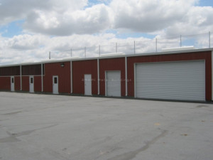 Animal Shelter Sidewall With Rollup Doors