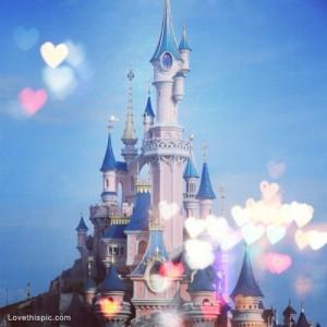 Disney Castle Tumblr Disney castle and hearts