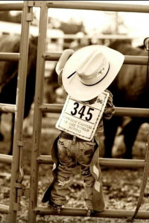 Baby Cowboy★ #Toddler #CountryBoy #PhotographyIdeas