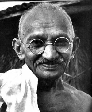 summary mahatma gandhi born as mohandas karamchand gandhi in porbandar