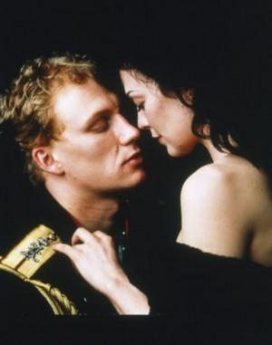 Anna Karenina-- Beyond Romance