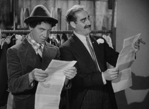 Chico Marx and Groucho Marx in A Night at the Opera, Sam Wood, Edmund ...