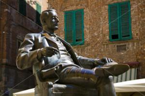 Statue of Giacomo Puccini, Piazza Cittadella, Lucca, Tuscany, Italy.