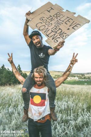 Nahko Bear on the shoulders of Xavier Rudd in the Black Hills. Photo ...