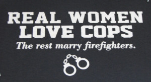 Details about Police Tshirt: Real Women Love Cops America's Finest 911 ...