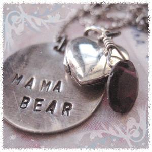 mama-bear-necklace-739775