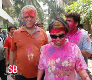 Om Puri with wife