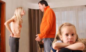 Estudio dice a los padres: Dejen que sus hijos los vean discutir