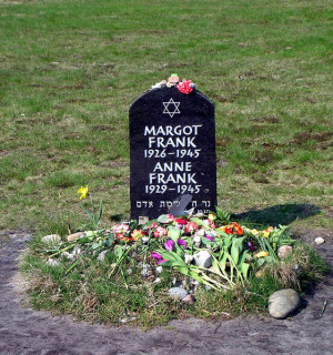KL Bergen Belsen - Anne Frank symbolic grave