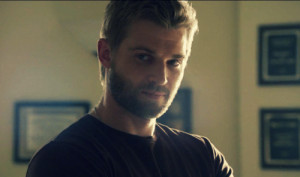 Mike Vogel, Mike Mike