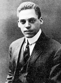 Ernest Everett Just , fondateur de la fraternité.