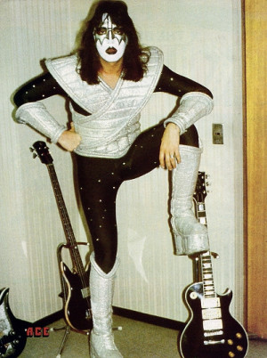 Gene Simmons and his burgundy Grabber.