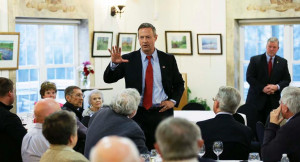 Former Maryland Gov. Martin O'Malley speaks to local residents during ...