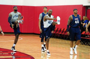 Anthony Davis wearing Nike Lunar Hyperdunk; Carmelo Anthony wearing ...