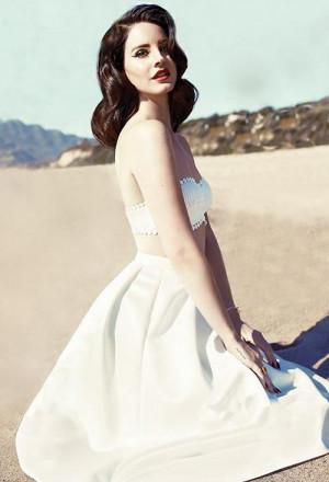 Lana Del Rey on beach