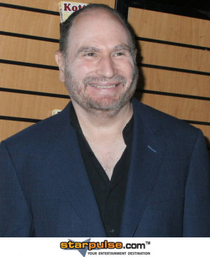 Gabe Kaplan Signs His New Book, Kotters Back - Emails From A Faded ...