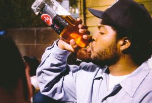 Boyz n the hood, Ice Cube drinks a 40 oz.