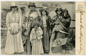 Photograph of indigenous Australian women and girls, early 20th c ...