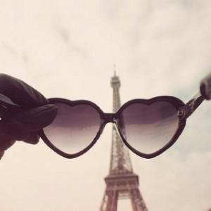 Glasses & Eiffel
