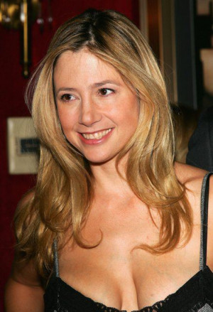 Mira Sorvino--12 Sexy Famous Atheists You Didn't Know Were Atheists ...