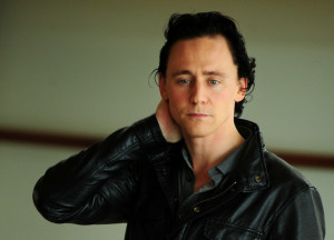 Tom Hiddleston will portray country singer Hank Williams in new biopic ...