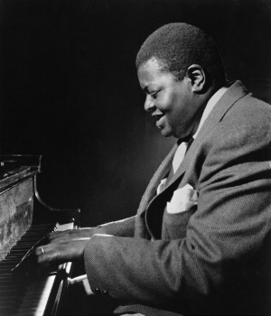 oscar-peterson-photo-c-oscar-peterson-archives.jpg