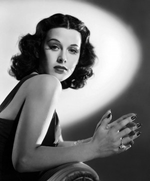 http://www.toutlecine.com/images/star/0006/00061267-hedy-lamarr.html