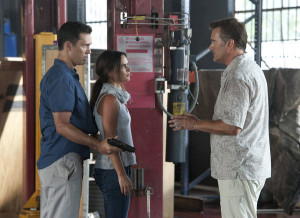 BURN NOTICE — Episode 611 — Pictured: (l-r) Jeffrery Donovan as ...