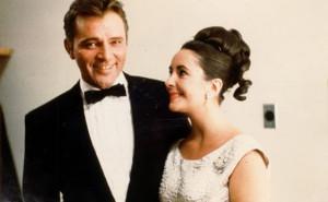 The look of love. Elizabeth Taylor with her great love, Richard Burton ...