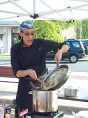 Carla Hall - How tall is Carla Hall ? Personal Biography ?