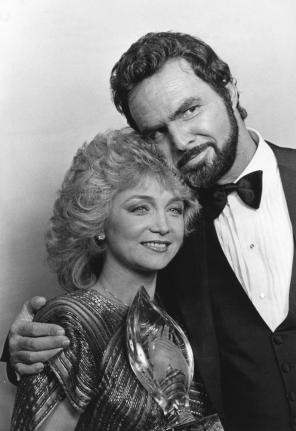 Burt Reynolds and Barbara Mandrell named Favorite All Around Male and ...