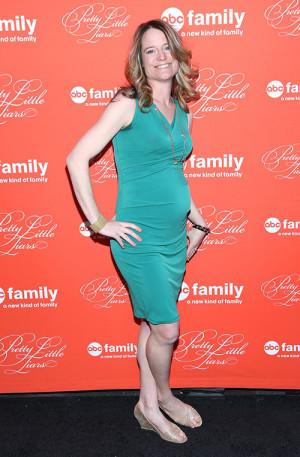 Sara Shepard attends the Pretty Little Liars Season 4 finale screening ...