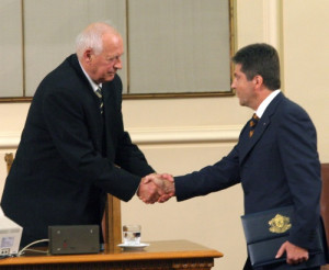 will be a president of all Bulgarians, irrespective of their ...