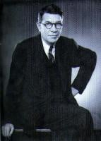 harold ross was born at 1970 01 01 and also harold ross is american