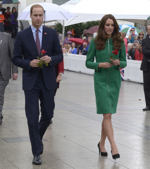 Cele|bitchy | Duchess Kate in a green Erdem coat in New Zealand ...